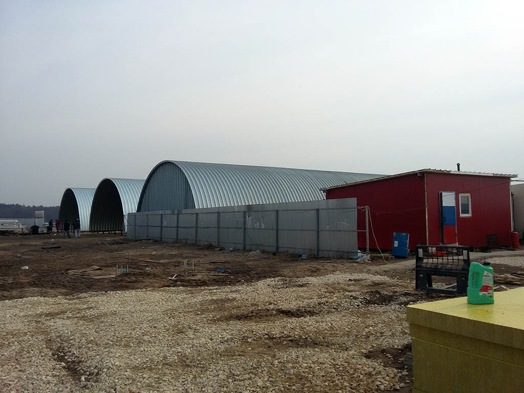 Строительство комплекса из 4 арочных каркасных ангаров для хранения овощей в Московской области, Коломенский район